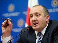 Президент Грузии: Санкции против России необходимо ужесточить