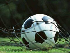 Психологи объяснили плохую игру футболистов увлечением гаджетами