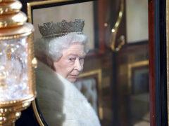 Елизавета II обещает сохранить давление на Россию