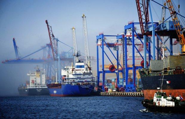 порт Владивосток