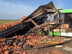 Трагедия с участием автобуса в Омской области: 16 погибших