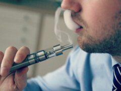 В Уэльсе запретят курение электронных сигарет в общественных местах