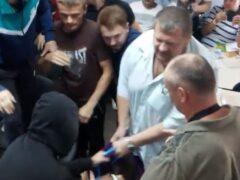 В Чернигове депутаты от партии Ляшко избили кандидата в нардепы Дурнева