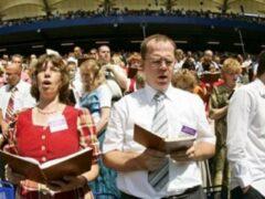 В Крымске пресечен публичный молебен «Свидетелей Иеговы» и их массовое шествие
