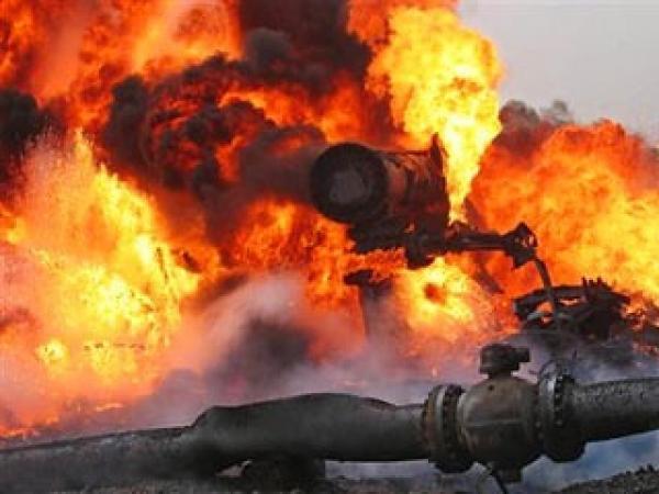 взрыв нефтепровод