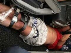 На борту самолета Гонконг — Владивосток пассажиры обезвредили дебошира