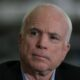 Маккейн призвал предоставить Украине оружие, в том числе и комплексы Javelin