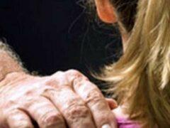 71-летнего пенсионера подозревают в развращении 12-летней школьницы