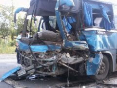 На Урале грузовик столкнулся с автобусом