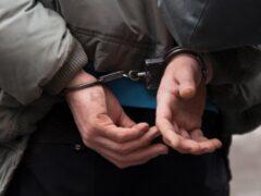 В Краснодарском крае полицейские задержали 22-летнего вора-рецидивиста