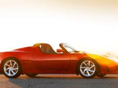 Новое поколение Tesla Roadster 2 выйдет в 2019 году
