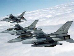 США нанесли первые авиаудары по территории Сирии
