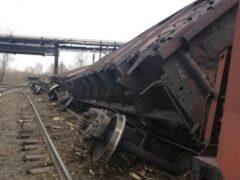 В Новосибирской области сошел с рельсов электровоз