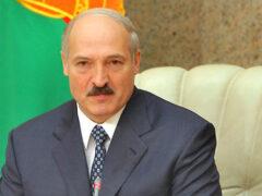 В Барановичах перед приездом Лукашенко вымыли асфальт