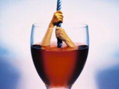Ученые: полный отказ от алкоголя уменьшает жизнь