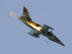 Сирийский военный самолет упал на жилой квартал города Ариха