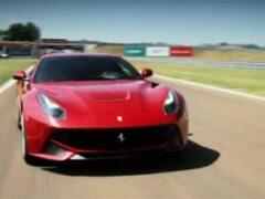 Новая Ferrari F12 GTO проходит дорожные испытания в Маранелло
