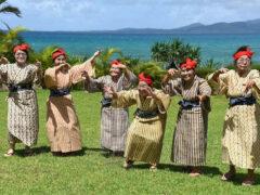 Группа поющих и танцующих бабушек набирает популярность в Японии