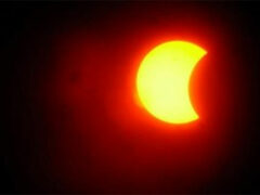 Аппарат NASA впервые заснял на видео двойное солнечное затмение