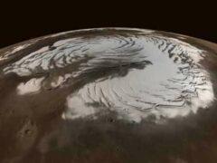 Ученые обнаружили на Марсе огромный ледник