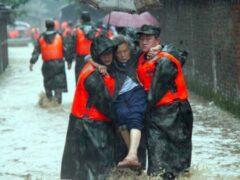 Более 16 тысяч человек эвакуированы из-за ливней на юго-востоке Китая