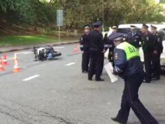 Водитель Infiniti в центре Москвы сбил сотрудника ДПС