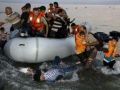 Новорожденный мальчик-мигрант найден мертвым у берега острова в Греции