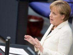 Меркель предрекла вспышку правого террора из-за наплыва мигрантов