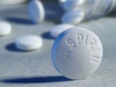 Ученые: Аспирин повышает шансы выжить при онкологии ЖКТ