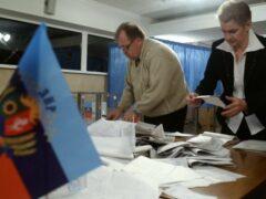 Первый кандидат на участие в местных выборах подал документы в ЦИК ЛНР