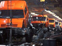 В РФ начнут выпускать китайские легковушки, а в Китае — КамАЗы