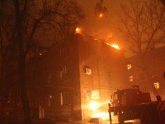 Пожар в многоквартирном доме в Ростове-на-Дону локализован