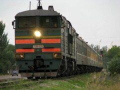 Иномарка столкнулась с поездом на переезде в Гродно