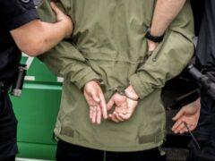 Силовики в КБР задержали учителя математики с пистолетом и гранатами