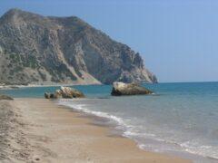 Тело младенца обнаружено на побережье греческого острова Кос