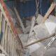 В Саратове в рухнувшем подъезде заблокировало жильцов