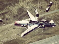 Власти Петербурга уточнили число погибших в авиакатастрофе детей