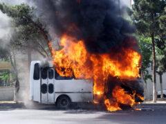 В Архангельской области загорелись 17 автобусов