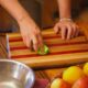 Ученые: Грязная посуда способствует распространению бактерий