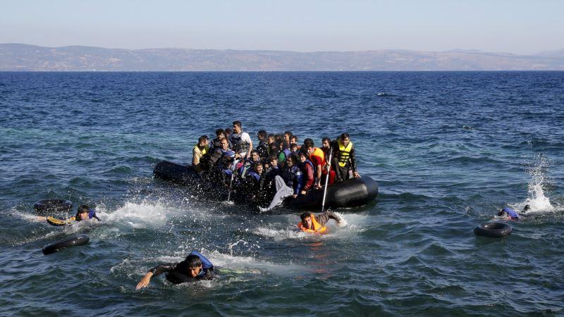 Около острова Лесбос при крушении лодки утонули четверо беженцев
