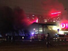 В Петербурге из-за пожара в гипермаркете эвакуированы 180 человек