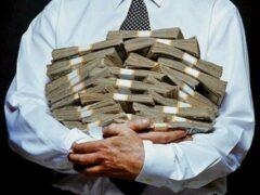 Социологи опровергли мнение о том, что богатые люди скупы