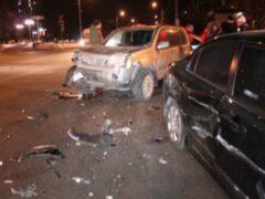 В ДТП на юге Москвы сгорели два автомобиля