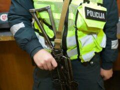Полиция Литвы отказалась от автоматов Калашникова