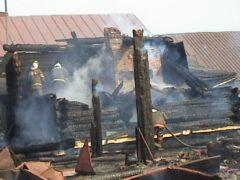Женщина и двое детей сгорели при пожаре в Волгоградской области