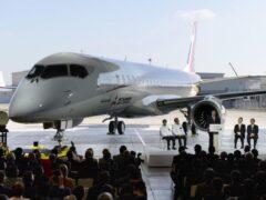 Первый японский пассажирский лайнер MRJ совершил пробный полёт