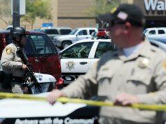 В результате стрельбы около школы в Лас-Вегасе погиб один человек