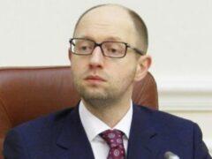 Яценюк заявил, что Путин может «обхитрить любого западного политика»
