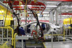 В Великобритании в феврале сократились объемы автопроизводства