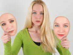 Ученые выяснили, что люди рождаются с самооценкой